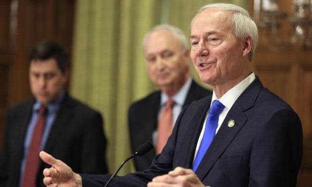 Federal judge blocks Arkansas law banning nearly all abortions