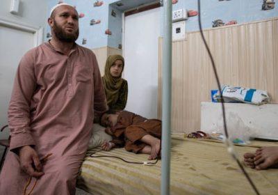 Critically ill Afghans suffer as Taliban tighten Pakistan border